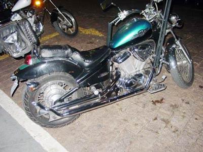 Escapamento Esportivo Modelo Rabo de Peixe Shadow 600 - Honda