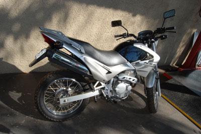 Bagageiro / Suporte Roncar em Chapa Reforçado Falcon NX 400 até 2008 - Preto - Honda