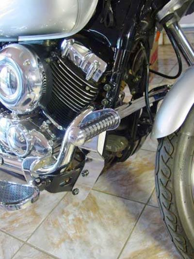 Protetor de Motor / Mata Cachorro Roncar Com Pedaleira + Avanço de Pedaleiras Cromado Drag Star 650 - Yamaha
