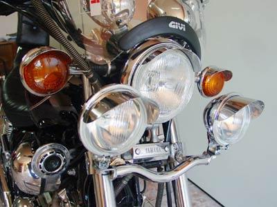 Jogo de Farol Auxiliar Kit Suporte + Faróis Cromados Com Abas Virago 1100 - Yamaha
