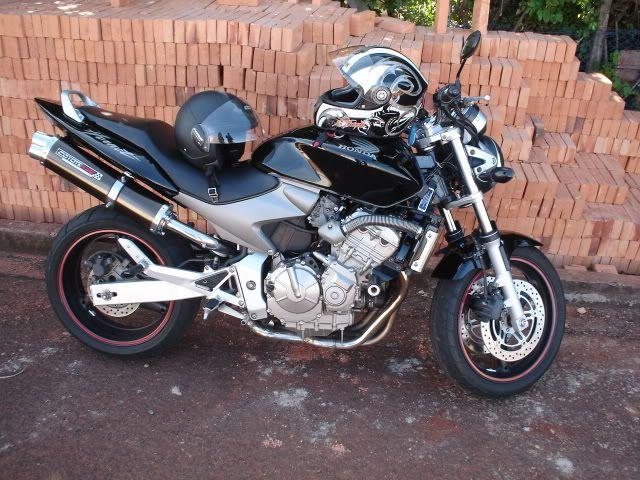 Escape / Ponteira Coyote RS5 Boca 8 Aluminio Oval CB Hornet 600 F até 2007 - Preto - Honda