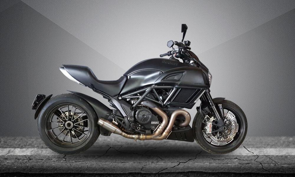 Escape / Ponteira Firetong Modelo Flame em Inox - Diavel ano 2011 em Diante - Ducati