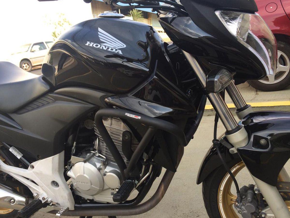 Protetor de Motor e Carenagem Coyote Preto com Pedais - CB 300 R - Honda