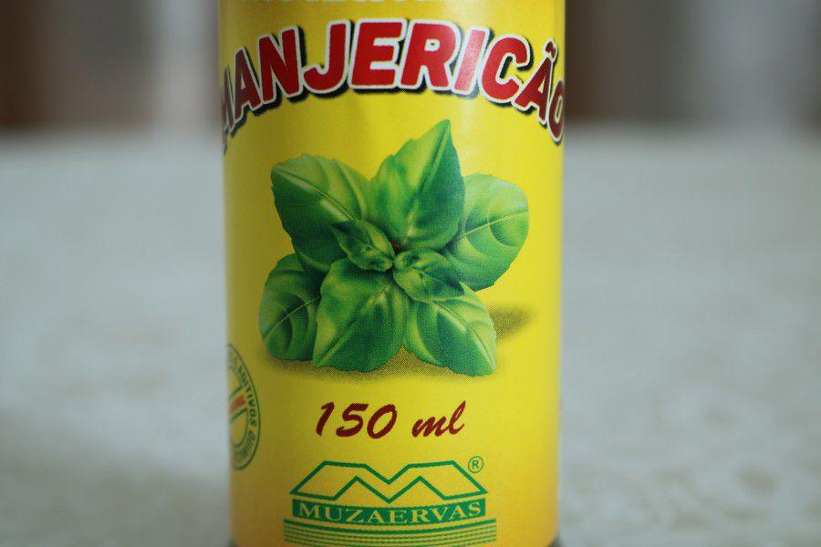 Óleo Artesanal de Manjericão Muzaervas - 150ml