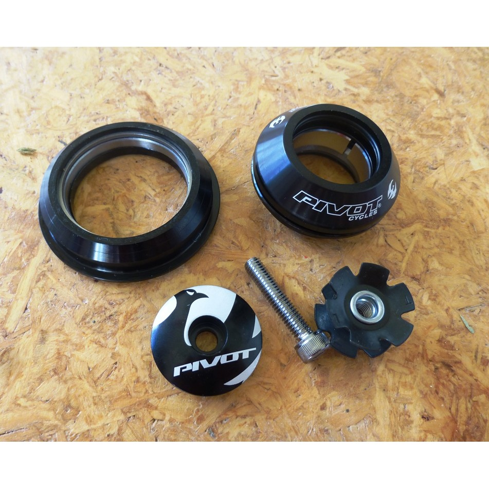 Caixa de direção Pivot Cycles Semi-integrada 44/56mm