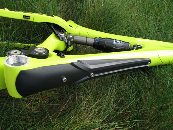 Protetor e Guarda Cabo para Quadro Ibis Mojo  - IBIKES