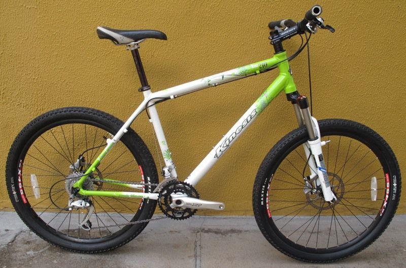 Bicicleta Kinesis KM210 Aro 26 19