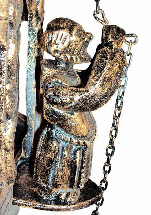 Frade Portugues Com Sino De Bronze - FUNDIÇÃO VESUVIO