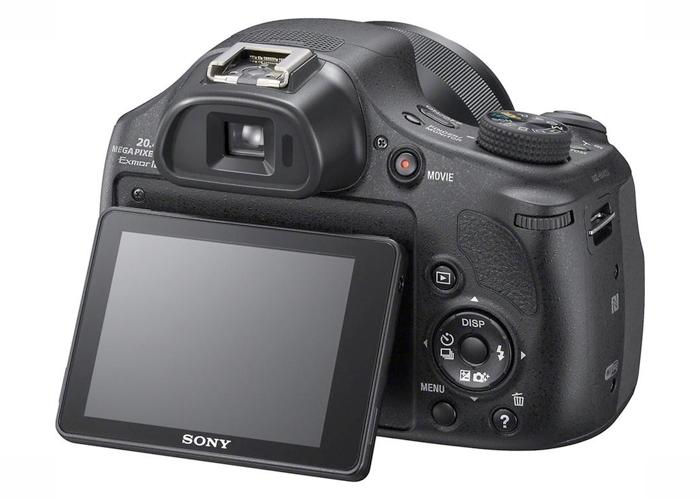 Câmera Digital Sony Cybershot DSC HX400 - 20.4MP, Sensor CMOS, Zoom Óptico 50x , AVCHD, Vídeos Full HD, Wi-Fi, GPS, Tela de 3