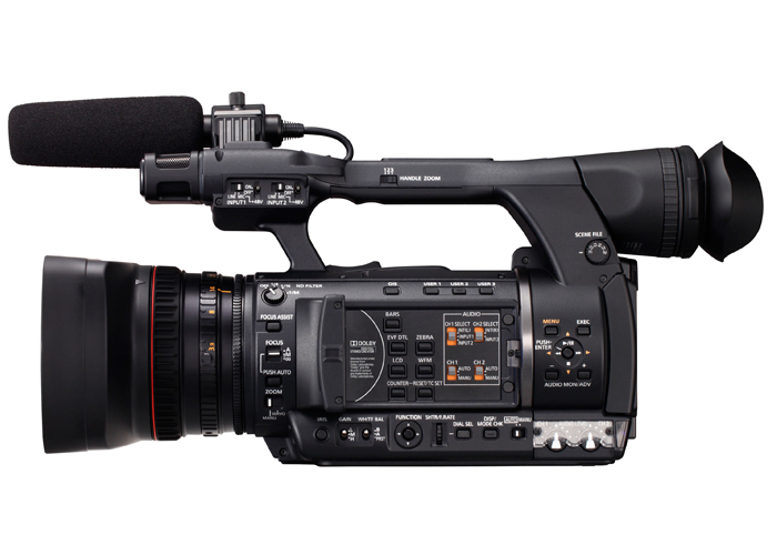 Filmadora Panasonic AG-AC160 AP - AVCCAM HD, Sensor  1/3-type 3MOS , Zoom Óptico 22x, ND FIltre, DSR, Low-Angle Shots, Tela de 3,45
