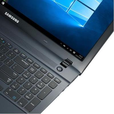 Notebook Samsung Expert X23 NP270E5K-XW1BR  Intel Core i5 5200, 8GB de Memória, HD de 1TB, Placa de Video Geforce GT920 2GB HDMI, Teclado numérico, Windows 10, Tela LED de 15.6""
