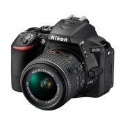 """Câmera Digital Nikon SLR D5500 + Lente 18-55mm - 24.2MP, Sensor CMOS DX, Vídeo Full HD, EXPEED 4, ISO 100-25.600, 5 QPS, Tela Rotativa 3.2"""""""