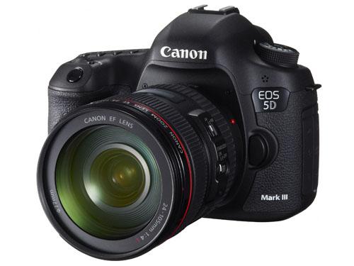 Câmera Digital Canon EOS 5D Mark III + Lente 24-105mm - 22.3MP, Sensor CMOS, DIGIC 5+, Vídeo Full HD, 6 FPS, Tela de 3.2