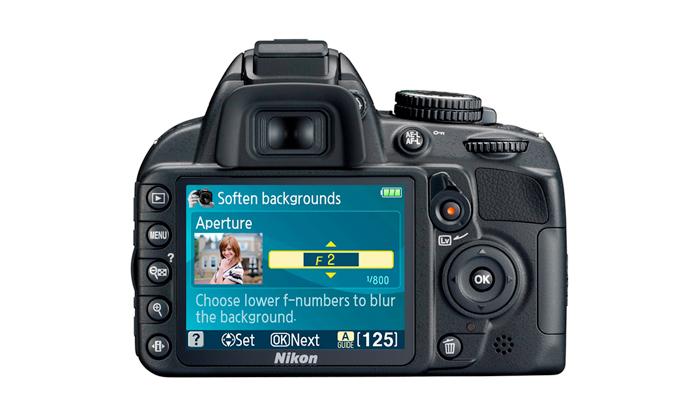 """Câmera Digital Nikon SLR D3100 + Lente 18-55mm - 14.2MP, Sensor CMOS DX, Vídeo Full HD, HDMI, 3 QPS, GPS, Tela de 3"""" *"""