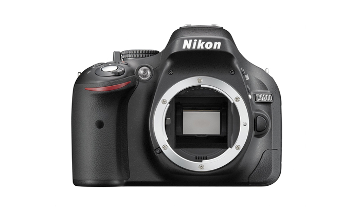 Câmera Digital Nikon SLR D5200 + Lente 18-55mm - 24.1MP, Sensor CMOS DX, Vídeo Full HD, D-Lighting, EXPEED 3, 5 QPS, Tela Rotativa  3""