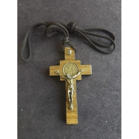 CR04 - Cordão Madeira Cruz São Bento 7cm