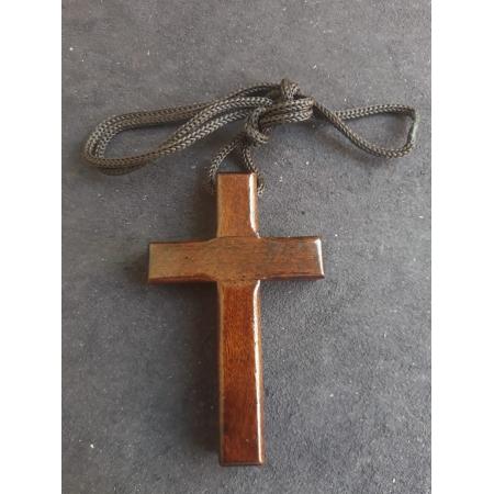 CR05 - Cordão Madeira Cruz s/ Cristo 8cm