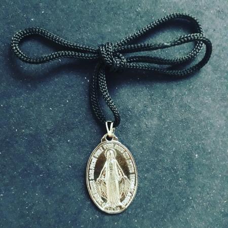CR108 - Cordão Medalha Nossa Senhora das Graças 5cm Niquel