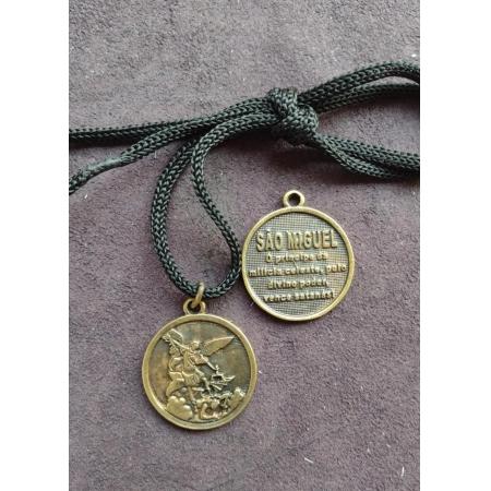 CR11 - Cordão Medalha São Miguel Arcanjo 28mm Ouro Velho