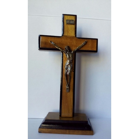 CX21 - Crucifixo Madeira 17cm Contorno c/ Pedestal