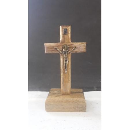 CX48 - Crucifixo Madeira São Bento Mesa Liso 10cm