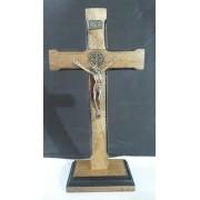 CX51 - Crucifixo Madeira Med. São Bento Contorno 25cm c/ Base
