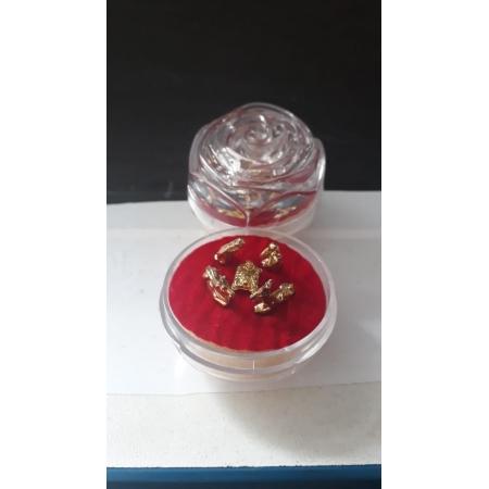 IN08 - Presepio Acrilico Botão Rosa 40mm Dourado
