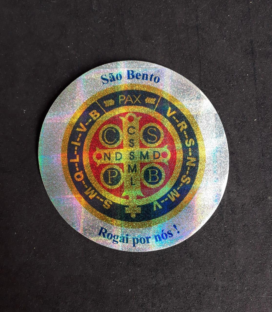 A15 - Adesivo Medalha São Bento 90mm Duplo  - VindVedShop - Distribuidora Catolica