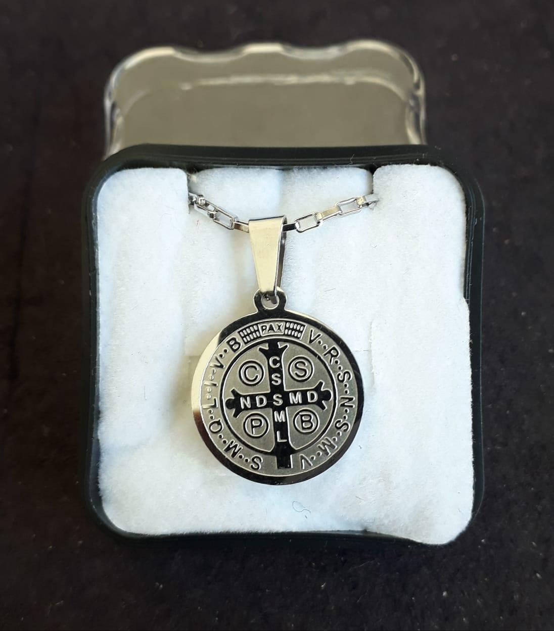 CF22 - Colar Aço Medalha São Bento 25mm cc60cm  - VindVedShop - Distribuidora Catolica
