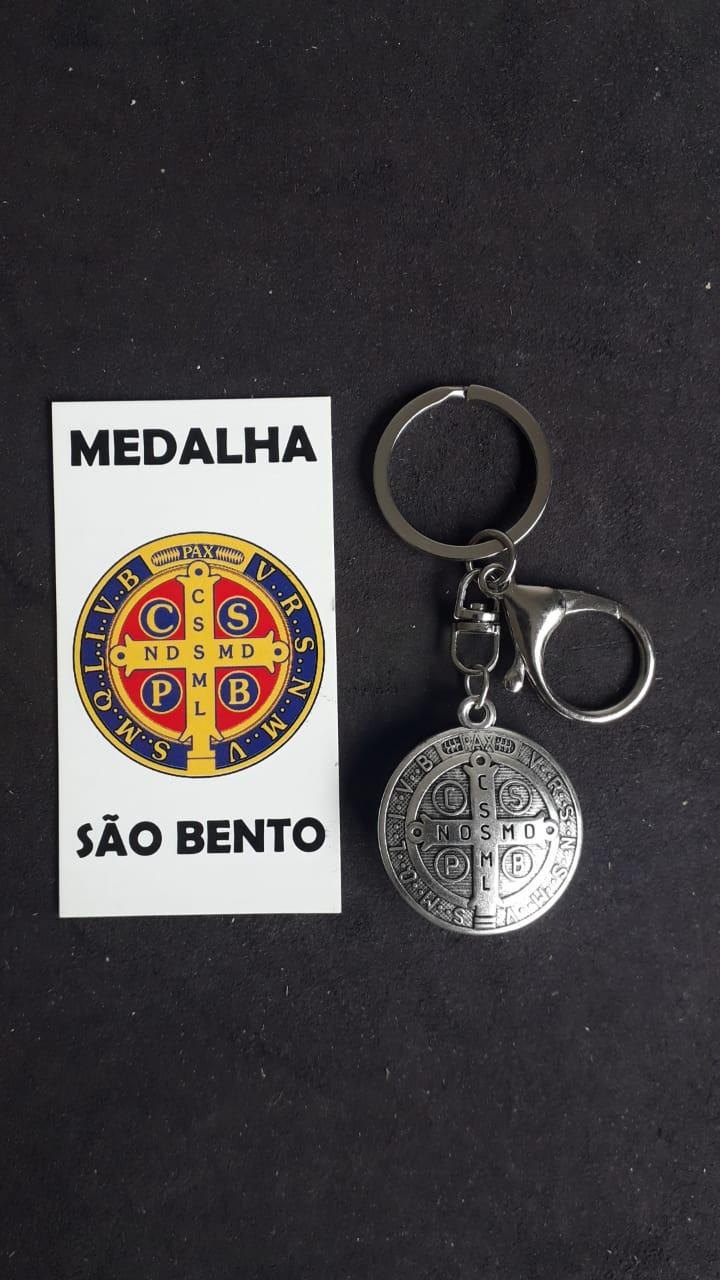 CH311 - Chaveiro Medalha São Bento 32mm c/ Mosquetão Niquel  - VindVedShop - Distribuidora Catolica