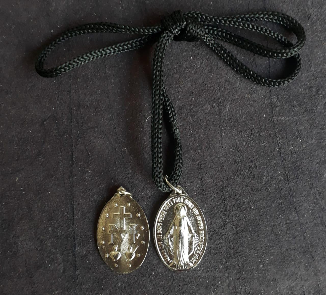 CR111 - Cordão Medalha Nossa Senhora das Graças 30mm Niquel  - VindVedShop - Distribuidora Catolica