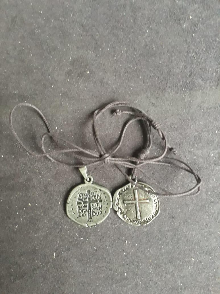CR127 - Cordão Medalha das Duas Cruzes 23mm Niquel Envelhecido  - VindVedShop - Distribuidora Catolica