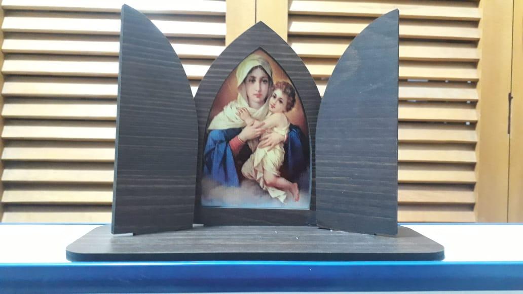 CT11 - Capela Madeira c/ Porta Mãe Rainha 16cmX24cmX9cm  - VindVedShop - Distribuidora Catolica