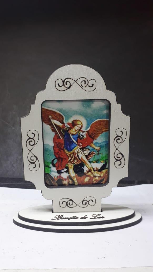 CT17 - Capela Madeira Bênção do Lar São Miguel Arcanjo 10cm  - VindVedShop - Distribuidora Catolica