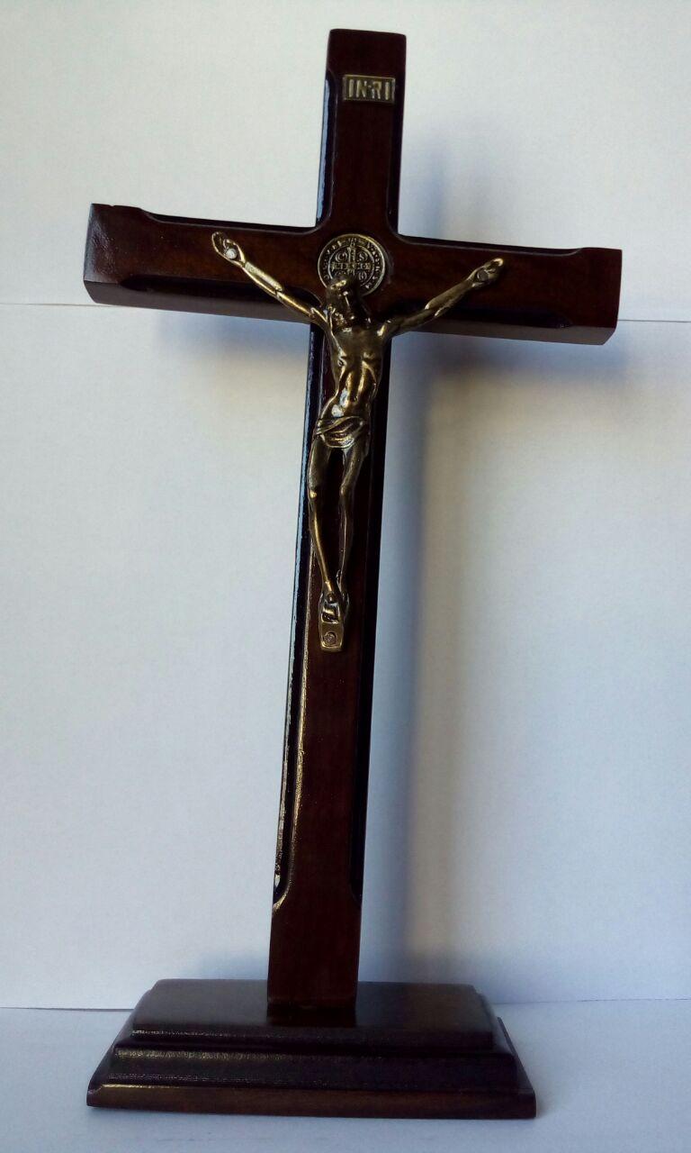 CX04 - Crucifixo Madeira São Bento 25cm Fino  - VindVedShop - Distribuidora Catolica