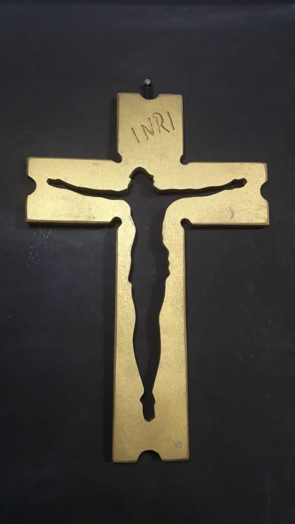 CX18 - Crucifixo Madeira 30cm Cristo Vazado Parede  - VindVedShop - Distribuidora Catolica