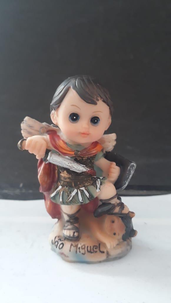 IC120 - São Miguel Arcanjo 08cm Criança Resina  - VindVedShop - Distribuidora Catolica