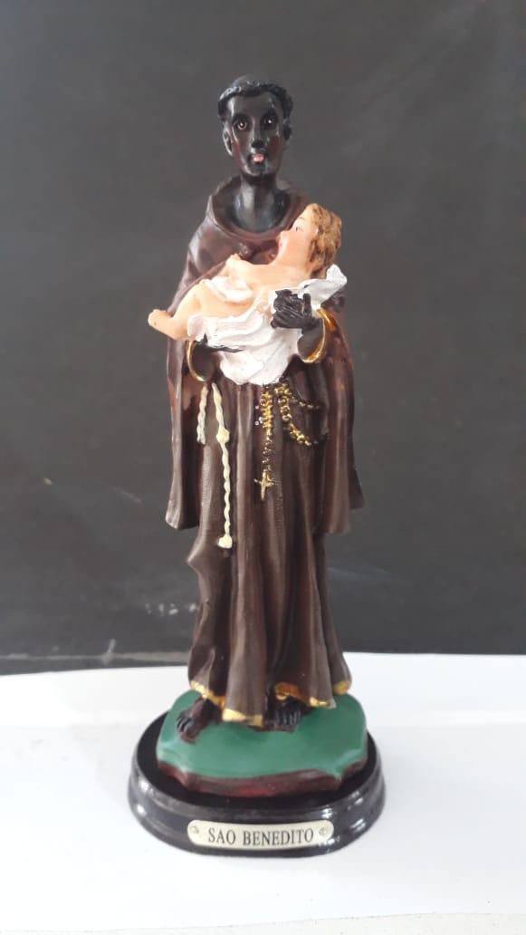 ID473 - São Benedito 15cm Resina  - VindVedShop - Distribuidora Catolica