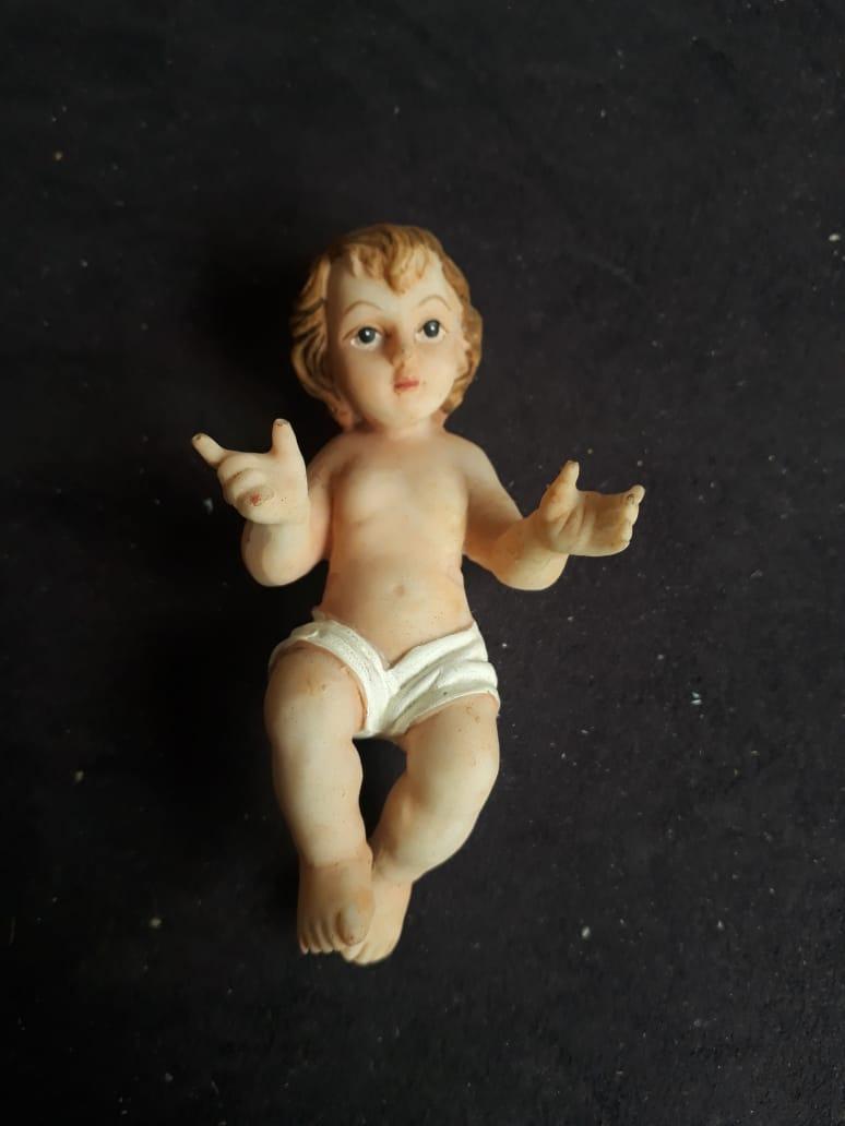 IDN03 - Menino Jesus 09cm Resina  - VindVedShop - Distribuidora Catolica