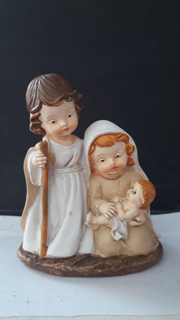 IN57 - Presepio Sagrada Familia 10cm Criança  - VindVedShop - Distribuidora Catolica