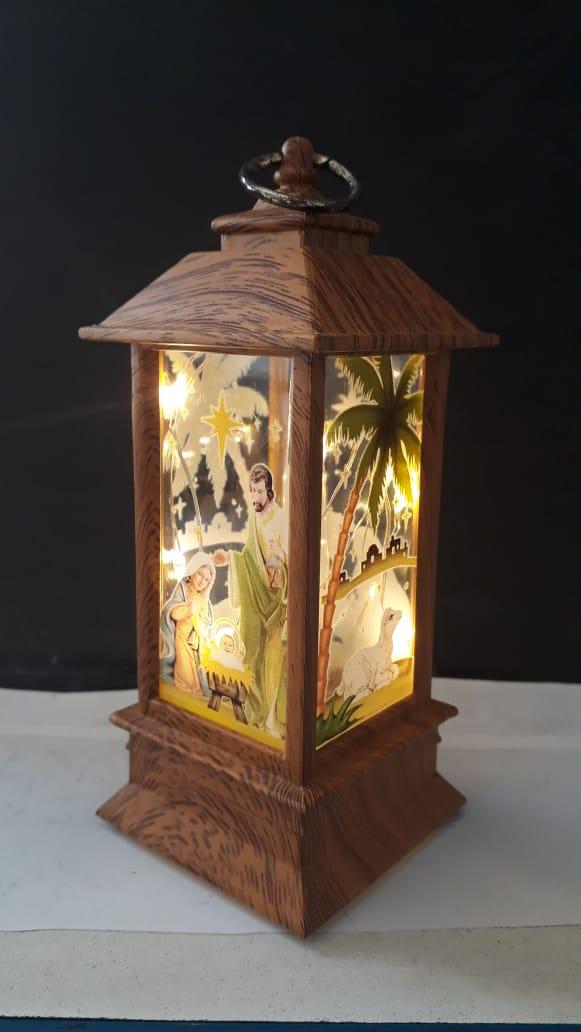IN67 - Luminária Presepio Vitral Natural 13cm c/ Luz  - VindVedShop - Distribuidora Catolica
