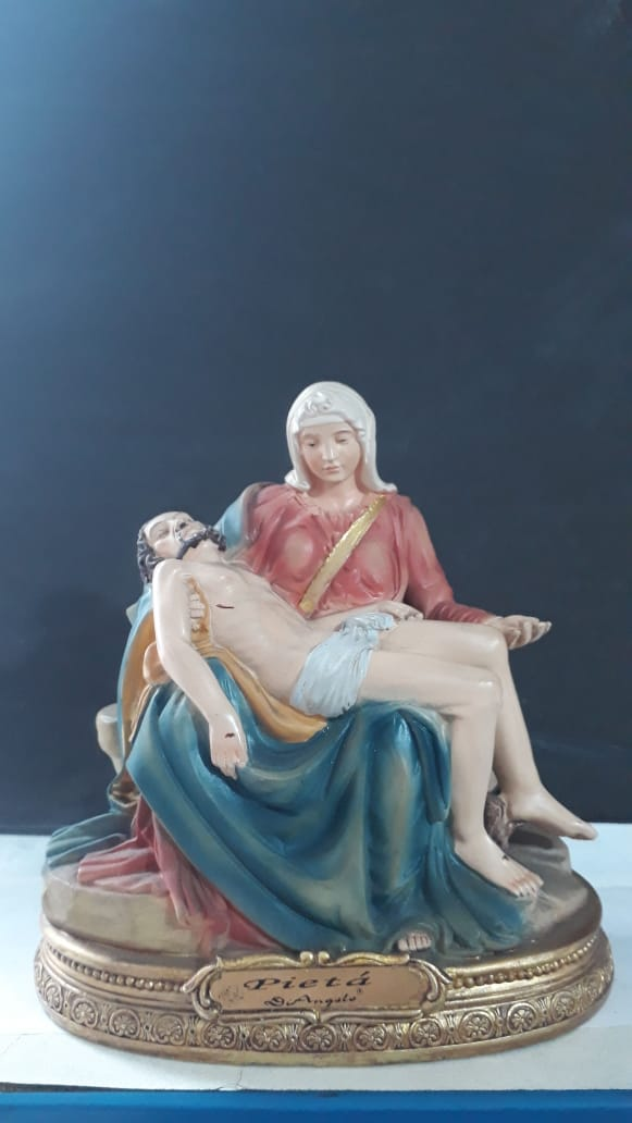 IS7892 - N. Sra. de Pieta 13cm Resina  - VindVedShop - Distribuidora Catolica