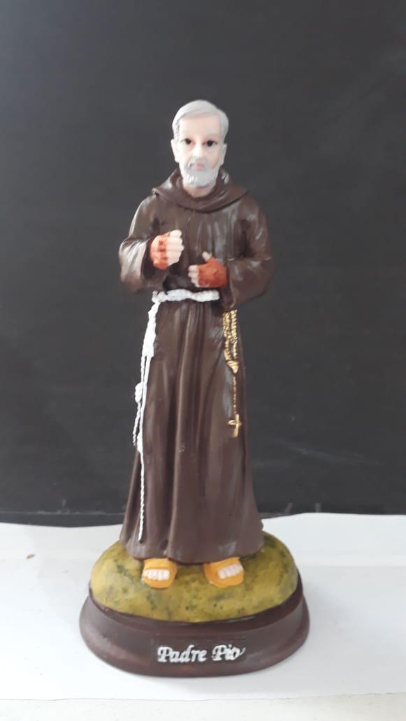 IT1083 - São Padre Pio 15cm Resina  - VindVedShop - Distribuidora Catolica