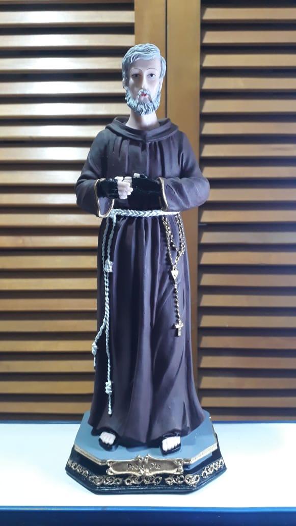 IV1096 - São Padre Pio 30cm Resina  - VindVedShop - Distribuidora Catolica