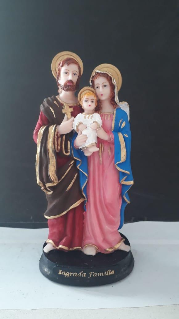 IV263 - Sagrada Familia 15cm Resina  - VindVedShop - Distribuidora Catolica