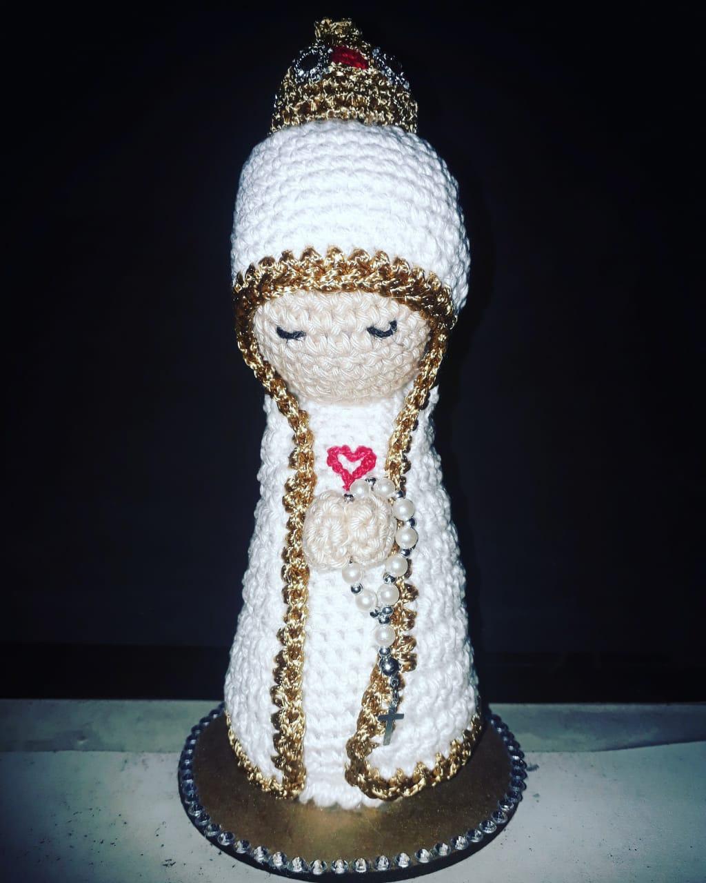 P173 - Nossa Senhora Fatima Crochê 19cm  - VindVedShop - Distribuidora Catolica
