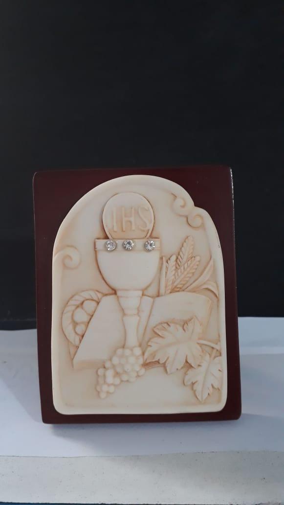 P58 - Eucaristia 10cm Resina Pedestal  - VindVedShop - Distribuidora Catolica