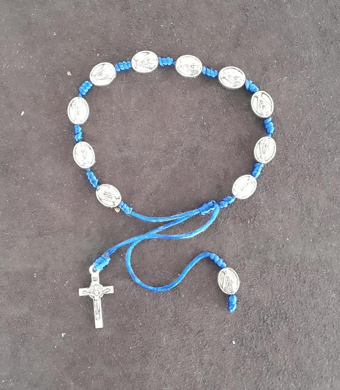 PUL33 - Pulseira Cetim Azul Nossa Senhora Aparecida Niquel  - VindVedShop - Distribuidora Catolica