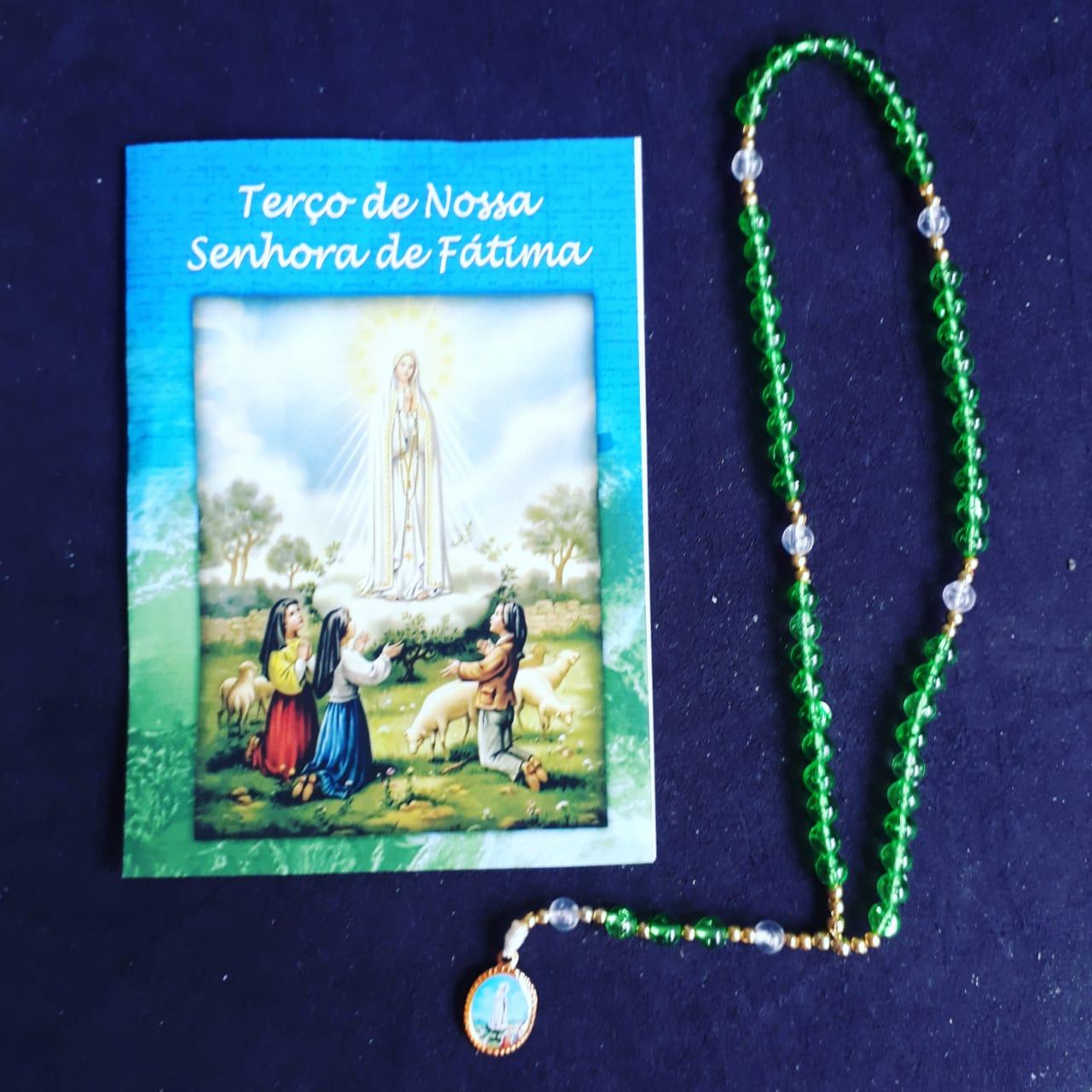 TR08 - Terço Nossa Senhora Fatima Plastico 5mm c/ Oração  - VindVedShop - Distribuidora Catolica