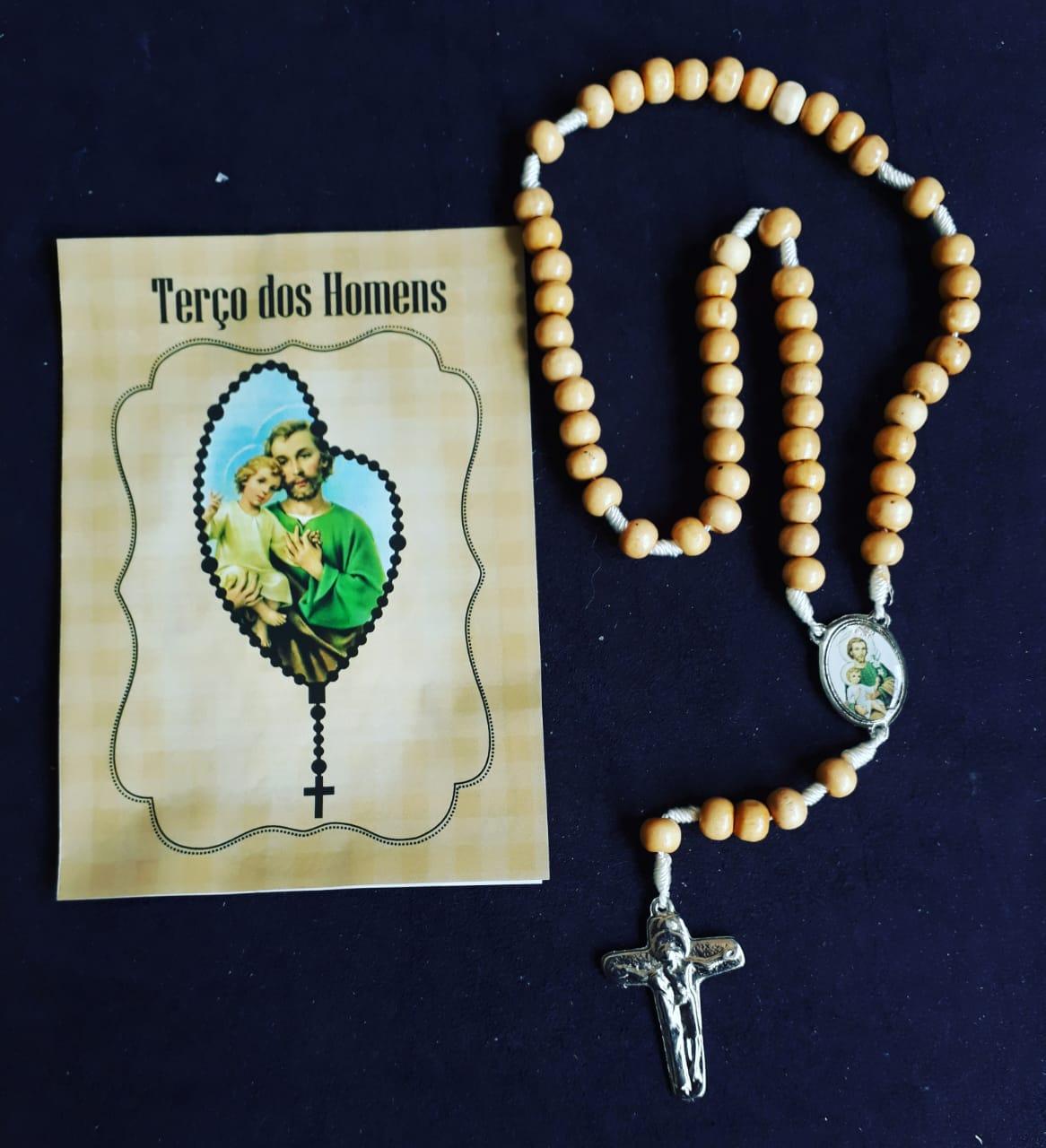TR42 - Terço dos Homens 8mm Madeira Natural c/ Oração  - VindVedShop - Distribuidora Catolica